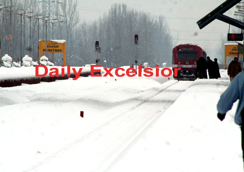 train services resume from baramulla to anantnag after 2 days