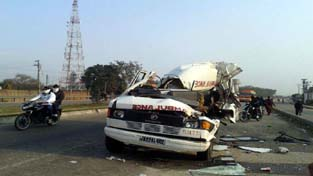Ill fated ambulance at accident site.