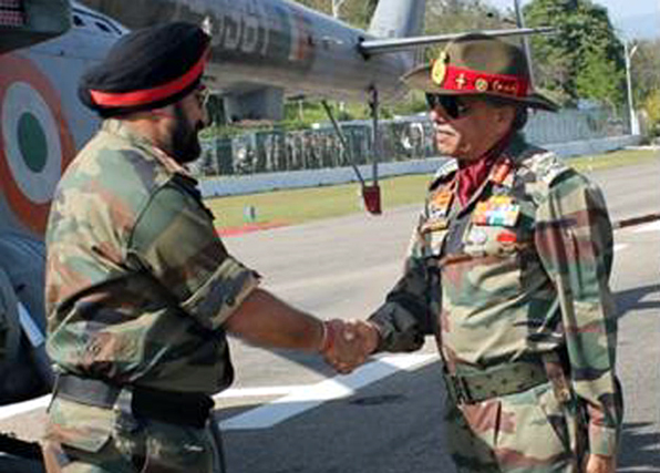 Army chief Gen Bikram Singh being received at the Northern Command Headquarters in Udhampur by GOC-in-C Lt Gen Sanjiv Chachra on Friday.