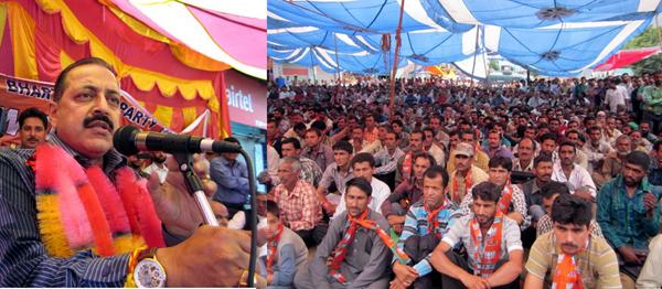 Dr Jitendra Singh addressing a public meeting at Doda on Saturday. -Excelsior/Tilak Raj