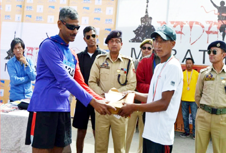 Winner of Marathon being felicitated by the dignitaries at Leh in Ladakh.