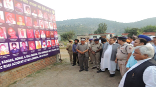 Minister for Planning, Ajay Sadhotra and Provincial President NC Devender Singh Rana paying tributes to those killed in flash floods.