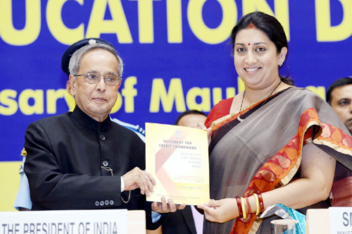President, Pranab Mukherjee releasing the 'Document for Credit Framework' at the National Education Day 2014 function to commemorate the birth anniversary of Maulana Abul Kalam Azad, in New Delhi on Tuesday.