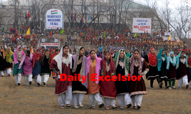 Prompt, where kashmir college girls apologise, but