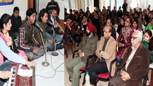Young singers enthrall audience in a function at K L Saigal Hall in Jammu on Saturday. -Excelsior/Rakesh