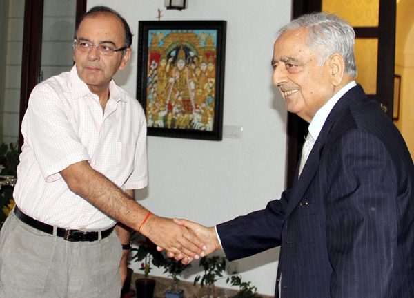 Chief Minister Mufti Mohammad Sayeed meeting Union Finance Minister Arun Jaitley in New Delhi on Saturday.