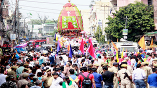 Annual Lord Jagannath Yatra being taken out in Jammu on Saturday. -Excelsior/Rakesh