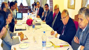 Governor N N Vohra reviewing road connectivity in a meeting at Srinagar on Monday.
