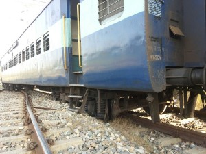 Derailed bogies of Tata Moori Express near Hiranagar on Tuesday. —Excelsior/Gautam