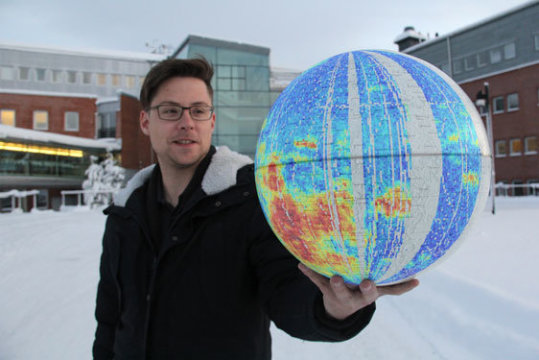 Unexpected activity on Moon measured