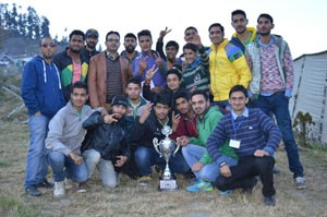 Winners of 2nd place in Chenab Valley Youth Festival posing alongwith dignitaries on Thursday.