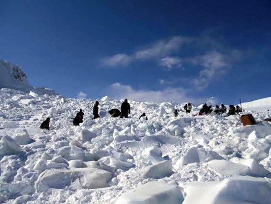 Army jawans engaged in operation to search missing soldiers at Siachen on Monday.