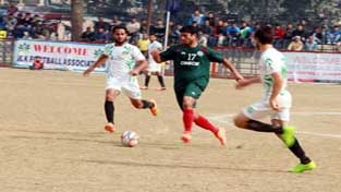 Players in action during a match of Santosh Trophy Football Championship at GGM Science College Football ground on Wednesday.    -Excelsior/ Rakesh