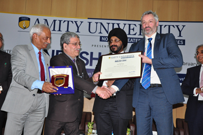 VC IGNOU, Prof M Aslam receiving 'Amity Academic Excellence Award'.