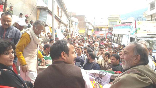 NPP leaders Prof Bhim Singh and B S Mankotia (Ex-MLA) at public rally in Chenani on Wednesday.