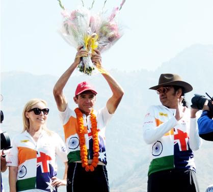 Distance runner and former Australian Member of Parliament, Pat Farmer at Nishant Garden in Srinagar after completing 4000 kms spirit of India Run.