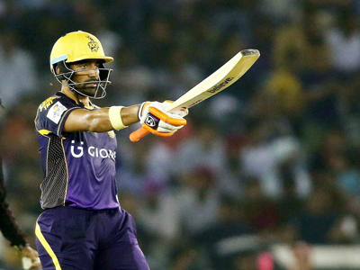 Robin Uthappa during his 53-run knock against Kings XI Punjab at Mohali on Tuesday.