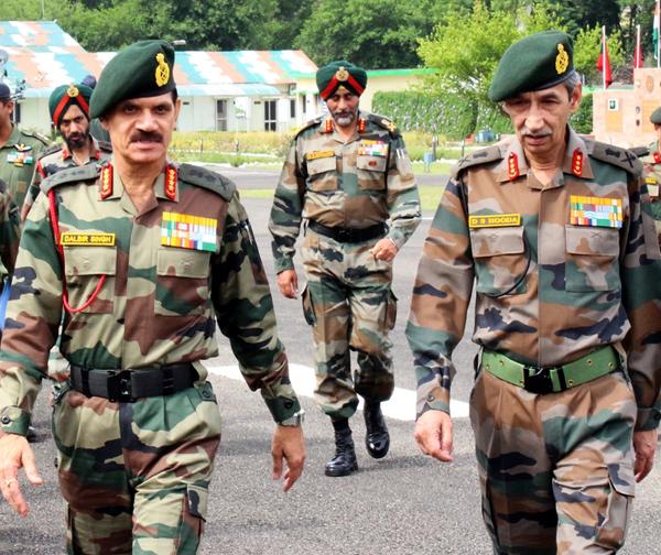 Army chief Gen Dalbir Suhag and GOC-in-C Northern Command Lt Gen DS Hooda in Udhampur on Sunday.