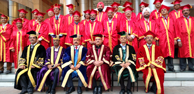 Union Ministers JP Nadda and Dr Jitendra Singh posing for group photograph with postgraduates during the convocation of PGIMER and Dr. Ram Manohar Lohia Hospital, at New Delhi.