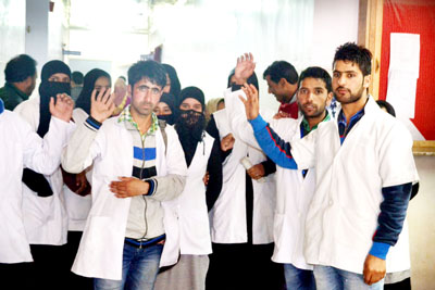 Paramedical students protest against health authorities in Baramulla. -Excelsior/Aabid Nabi.