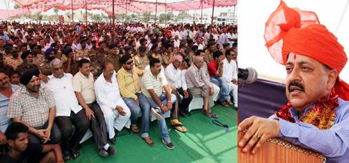 Union Minister, Dr Jitendra Singh addressing a public rally at Pandori, Kathua on Sunday. -Excelsior/Rakesh