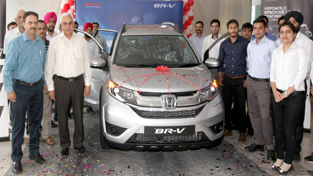 Officials of Hillview Honda during launch of Honda BR-V at Jammu on Thursday.