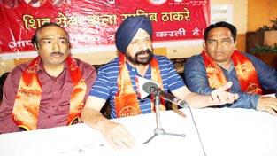 State President Shiv Sena (Bala Sahib Thackery), Dimpy Kohli addressing a meeting of party activists at Jammu.