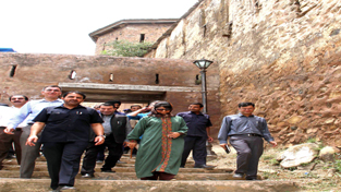 Chief Minister Mehbooba Mufti during her visit to Hari Parbhat fort in Old City of Srinagar. -Excelsior/Shakeel-ur-Rehman