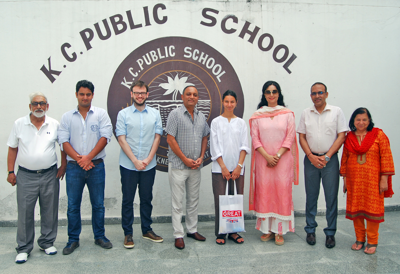 British teachers posing for group photograph with faculty of KC Public School at Jammu.