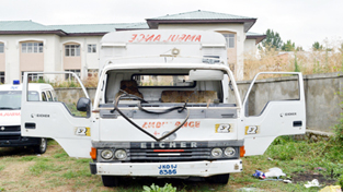 An ambulance damaged during violence. —Excelsior/Younis Khaliq