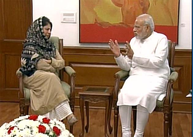 J&K CM MehboobaMufti meets PM Narendra Modi in Delhi to discuss Kashmir Crisis