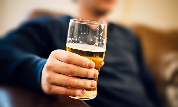 A glass of beer makes people more sociable: study