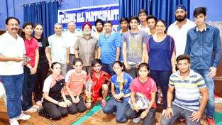 Winners of All J&K Senior & Junior Ranking-cum-Selection Tournament posing for group photograph.