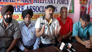 Office bearers of Ex-Central Paramilitary Forces Association during a press conference at Jammu on Tuesday.