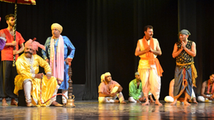 A scene from Bawa Jitto.