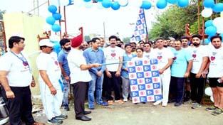 DC Jammu, Simrandeep Singh, flagging off walkathon from Dushhera Ground, Gandhi Nagar in Jammu.