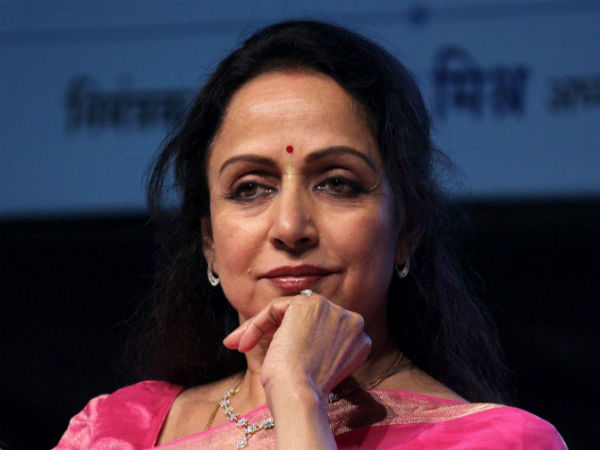 I do not support Pak artistes working here: Hema Malini