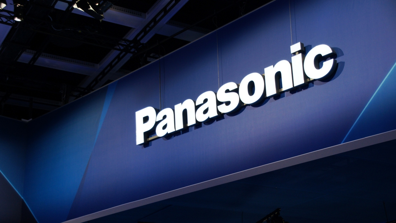 Panasonic slashes profit estimate, feels pinch of strong yen