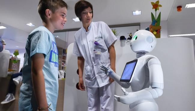 'Robots may replace humans as nursing assistants'