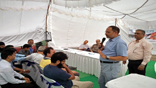 A participant expressing views during an event organised by BPCL.