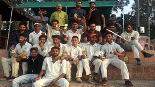 Players of RCC posing for group photograph.