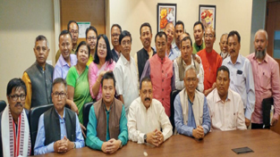 Union Minister Dr Jitendra Singh,flanked by Manipur State BJP President Bhabananda Singh, State Party office bearers and senior State Party leaders, at Imphal.