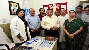 Union Minister Dr Jitendra Singh going around the various sections of the first-ever Polyclinic jointly set up by New Delhi Municipal Council (NDMC) and Union Ministry of AYUSH after formally inaugurating it, at New Delhi, on Friday.