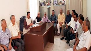 Dogra Sadar Sabha president Gulchain Singh Charak addressing press conference in Jammu on Friday.