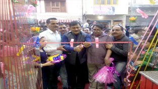 MLC Vibodh Gupta inaugurating exclusive showroom of Bombay Dyeing at Rajouri on Tuesday.