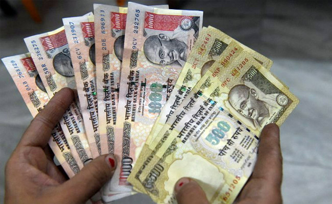 Old 500,1000 rupee notes can be used for payment under PMGKY