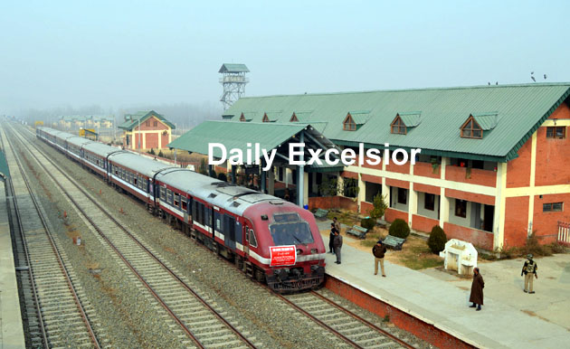 After 4 months and 22 days train service resumes on Budgam-Banihal Railway track……Excelsior\younis khaliq