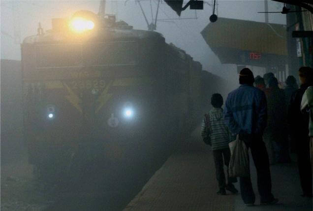64 trains running late; 12 trains cancelled due to fog