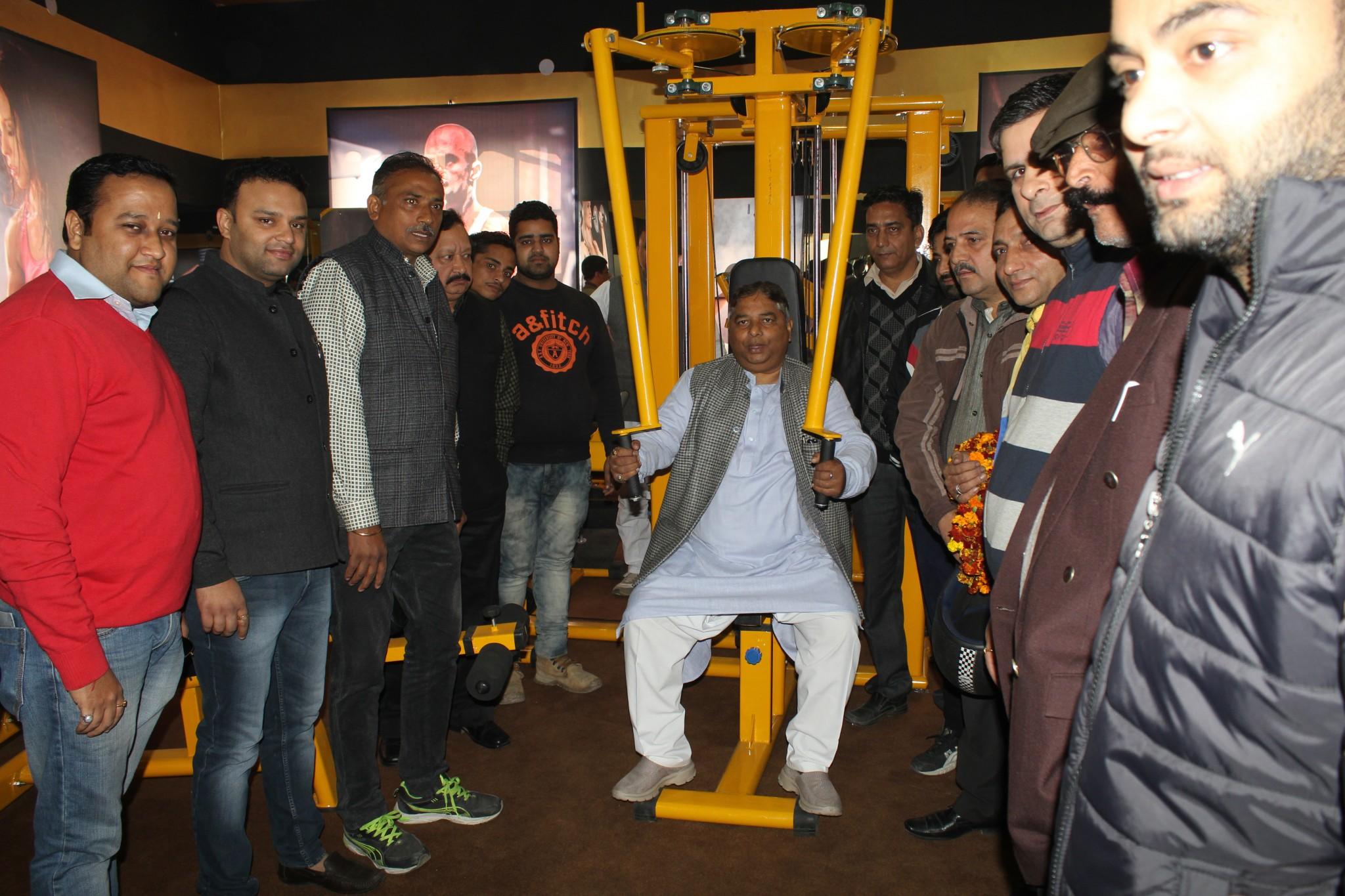 State President BJP and MLA Jammu West, Sat Sharma (CA) inaugurating Gold FusionGymat Subash Nagar in Jammu.