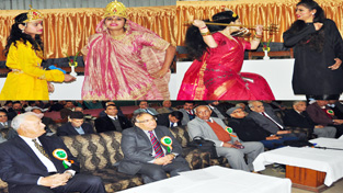 Chief Secretary and others witnessing performance of deaf and dumb students.
